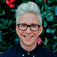 Tyler-oakley-amazing-race-2